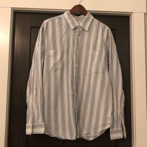 Men's Levi Stratus blue strip button down shirt